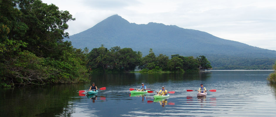 Mombacho Cloud Forest and Kayaking