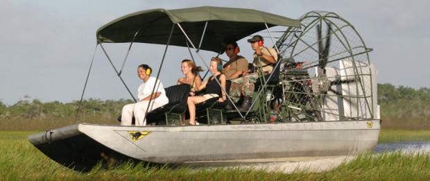 Boat adventure in Belize